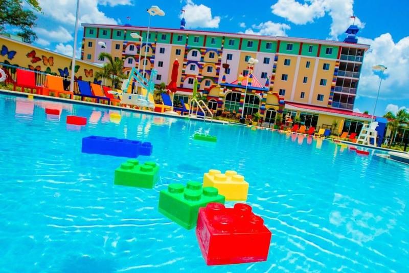 Comparte esta historia: www.exafm.com/#!/durango/noticias/abren-hotel-de-lego-313.html